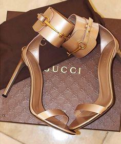 Gucci Stiletto #stiletto #shoes #fashion #vanessacrestto #style