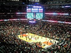United Center / Home of the Chicago Bulls and the Chicago Blackhawks Chicago Blackhawks, Chicago Bulls, Bulls Basketball, United Center, Stadium Tour, Sports Pictures, Temples, Places Ive Been, Nba
