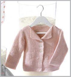 Patrón gratis de jersey para bebé de hilo a punto de arroz 3/24 meses Baby Cardigan, Knit Cardigan, Knitting For Kids, Baby Knitting, Baby Patterns, Knitting Patterns, Brei Baby, Sewing Basics, Basic Sewing
