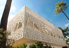 Private Villa: Ductal® Latticework Panels