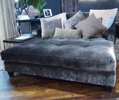Huge chaise lounge in velvet! Hooooly toledo, the comfort! My Living Room, Living Room Decor, Oversized Chaise Lounge, Lounge Couch, Oversized Chair, Couches, Velvet Couch, Velvet Lounge, Cool House Designs