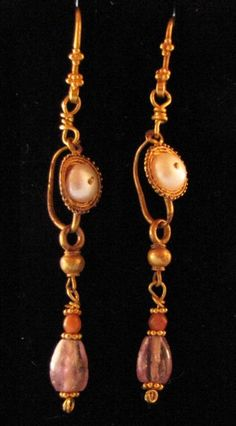 Roman Gold Filigree Earrings, Amethyst,Carnelian and Natural Pearls, c. 1st - 3rd Century AD.