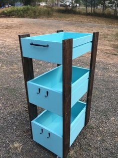 Wooden Rolling Cart - made from old drawers, pallet wood and added wheels Refurbished Furniture, Repurposed Furniture, Rustic Furniture, Furniture Makeover, Diy Furniture, Furniture Stores, Antique Furniture, Furniture Design, Chair Makeover