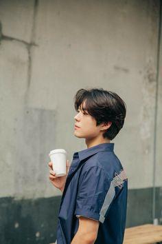 """park bogum for tngt ✧ tngt x general idea collaboration (behind x "" Asian Short Hair, Short Hair Cuts, Asian Actors, Korean Actors, Shot Hair Styles, Long Hair Styles, Pelo Ulzzang, Park Bo Gum Wallpaper, Park Bogum"