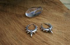 Een persoonlijke favoriet uit mijn Etsy shop https://www.etsy.com/nl/listing/464845291/tribal-etnic-earrings