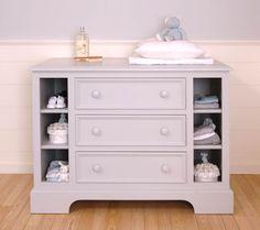 Wunderschön klassische Kindermöbel und Babymöbel von J.S Dreams in unserem Internetladen