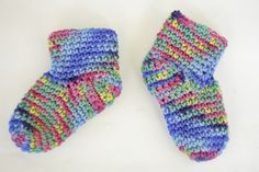 Free Baby Booties Socks Crochet Pattern by Knot By Gran'ma, via Flickr