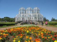 Jardim Botânico em Curitiba, uma das cidades para melhor se viver no Brasil e uma das mais verdes do mundo