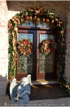 Deck the door with ribbons: Christmas Elegance!!! Bebe'!!! Decorative entrance for Christmas!!! Love this!!!