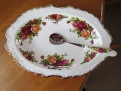 ROYAL ALBERT OLD COUNTRY ROSES RARE FRILLED HORS-D'OEUVRE DISH/NEW SPOON 1ST MIN