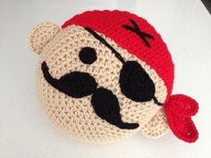 Fuente: http://www.etsy.com/listing/111503989/crochet-pirate-pillow
