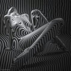 black and white trippy Nude Photography, Black And White Photography, Photography Lessons, Digital Photography, B&w Tumblr, Human Art, Op Art, Optical Illusions, Erotic Art
