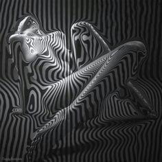 black and white trippy Body Art Photography, Digital Photography, Human Art, Pics Art, Op Art, Erotic Art, Dark Art, Black And White Photography, Art Forms