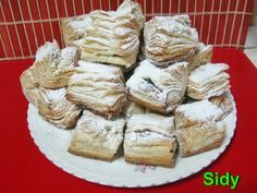 Reteta Haioș - Prajituri Cheese Danish, Croissants, Dessert Recipes, Desserts, Holiday Baking, Camembert Cheese, Bakery, Healthy Eating, Cooking Recipes