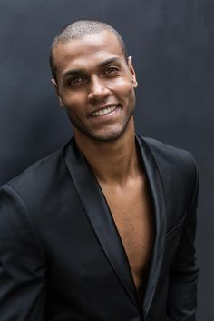 WhyNot Models - Portfolio of Black Male Models, Male Models Poses, Senior Boy Poses, Latino Men, Male Senior Pictures, Stud Muffin, Men Photoshoot, Man Photography, Handsome Black Men