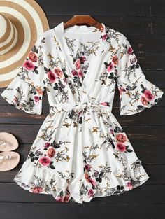 AD : Floral Plunging Neck Belted Romper - WHITE S Material: Cotton Blends Fit Type: Regular Pattern Type: Floral Style: Fashion With Belt: Yes Weight: Package: 1 x Romper 1 x Belt Classy Outfits, Cute Outfits, Long Sleeve Romper, Costume, Fashion Outfits, Womens Fashion, Trendy Fashion, Style Fashion, Fashion News