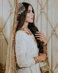 Asian Bridal Dresses, Pakistani Formal Dresses, Pakistani Fashion Party Wear, Indian Bridal Fashion, Pakistani Bridal Dresses, Pakistani Dress Design, Pakistani Outfits, Bridal Outfits, December Wedding Dresses