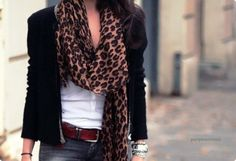 i would love a leopard print scarf