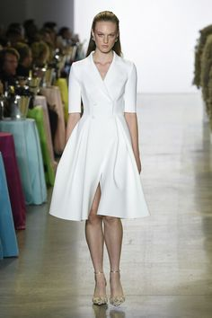 Badgley Mischka Spring 2019 Ready-to-Wear Fashion Show Collection: See the complete Badgley Mischka Spring 2019 Ready-to-Wear collection. Look 10 The complete Badgley Mischka Spring 2019 Ready-to-Wear fashion show now on Vogue Runway.