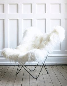 Cozy fur butterfly chair