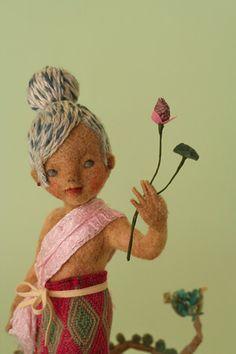 Needle Felted Dolls by Yoo Moo #felt #dolls