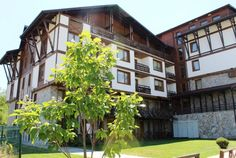 We are very pleased to offer this Studio apartment for sale in Green Life, Bansko. Shower Units, Ski Season, Tourist Information, Green Life, Dining Table Chairs, Apartments For Sale, Studio Apartment, Rock Climbing, Virtual Tour
