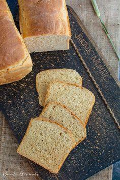 Pâine toast moale și pufoasă, ideală pentru mic dejun și sandvișuri | Bucate Aromate Toast, Bread, Food, Brot, Essen, Baking, Meals, Breads, Buns