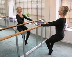Pelvic waves at barre - reshapes and strengthens the legs Fluidity Bar, Health And Wellness, Health Fitness, Inner Thigh, Aging Gracefully, Silver Hair, Barre, Excercise, Fitness Goals