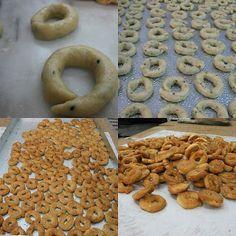 Χωριάτικα κουλουράκια Biscuit Recipe, Doughnut, Biscuits, Cookies, Eat, Desserts, Recipes, Food, Crack Crackers