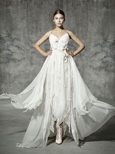 FRIDA, yolancris, romantic, couture, dress, wedding, barcelona, bridal, gown, novia, vestido, bride, elegantes, atelier, modérons, originales, hechos a mano, artesanales, costura, couture gowns, tailored made, bespoke, best bridal designers, fashion, eleg