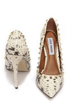 9843a624c38 Steve Madden Proto Natural Snake and Gold Studded Pumps