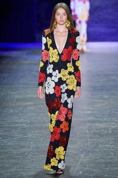 Naeem Khan Spring 2017 Ready-to-Wear Fashion Show Fashion 2017, Runway Fashion, Spring Fashion, High Fashion, Fashion Show, Fashion Looks, Fashion Design, Naeem Khan, African Print Fashion