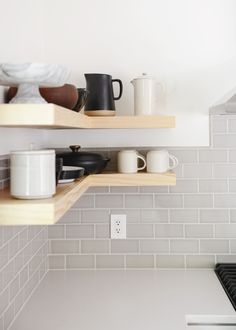 8 Crazy Tips and Tricks: Floating Shelf Over Tv Fire Places floating shelves above couch basements.Floating Shelves Above Couch Basements long floating shelves window. Floating Shelves Bedroom, Floating Shelves Kitchen, Wooden Floating Shelves, Rustic Floating Shelves, Kitchen Shelves, Floating Wall, Bathroom Shelves, Shelves Above Couch, Living Room Shelves