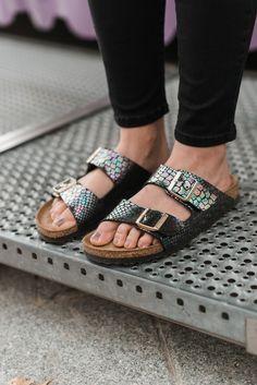 OUTFIT: Lace Top, Choker Kette und Birkenstock Sandalen