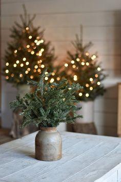Rustic Farmhouse Christmas Home Tour 2017 - Rocky Hedge Farm Real Christmas Tree, Natural Christmas, Noel Christmas, Primitive Christmas, All Things Christmas, Rustic Christmas Trees, Christmas Mantles, Xmas, Silver Christmas