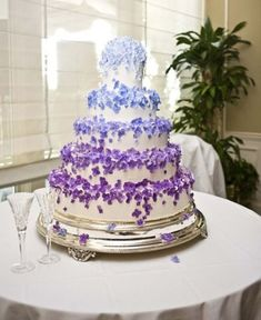 Blue and purple ombre wedding cake.