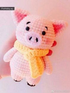 Розовая свинка крючком