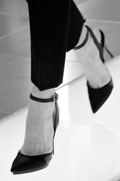 Classic Heels; sharp and chic cigarette trousers