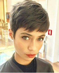 Today we have the most stylish 86 Cute Short Pixie Haircuts. We claim that you have never seen such elegant and eye-catching short hairstyles before. Pixie haircut, of course, offers a lot of options for the hair of the ladies'… Continue Reading → Pixie Haircut Styles, Long Pixie Hairstyles, Short Pixie Haircuts, Girl Haircuts, Undercut Hairstyles, Straight Hairstyles, Curly Hair Styles, 2018 Haircuts, Easy Hairstyles