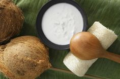 10 Ways to Use Coconut Oil in Your Beauty Routine