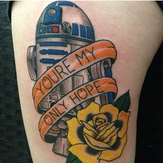 These amazing nerdy tattoos prove . Your swirlies are nothing in comparison to needles! R2d2 Tattoo, Comic Tattoo, Star Wars Tattoo, I Tattoo, Nerdy Tattoos, Dad Tattoos, Love Tattoos, Body Art Tattoos, Tatoos