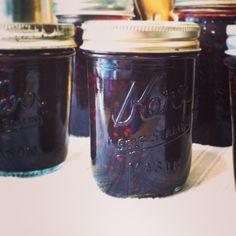 low sugar blackberry jam recipe {canned}