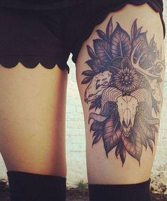 Brilliant Thigh Tattoo Ideas for Women