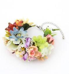 ボリューミーで春らしいブレスレット、Beams ウィメン FLOWERブレスレット Flower bracelet on ShopStyle