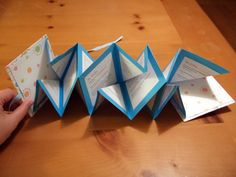 how to make an accordion book.   mother's day gift?