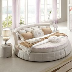 30 Round Beds That Will Spice Up Your Bedroom On the face of it, a circle bed seems like an exciting and interesting way to freshen up the look of your bedroom. Bedroom Sets, Bedding Sets, Master Bedroom, Bedroom Designs Images, Bed Designs, Bedroom Furniture, Bedroom Decor, Luxury Furniture, Bed Price