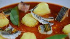 Gnocchi soffiati su crema di caciucco di pesce azzurro