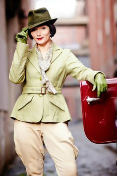 Miss Fisher's Murder Mysteries costumes