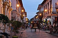 Vigan the Soulful City Travel Back in Time Travel guide Guiddoo Palawan, Manila Philippines, Vigan Philippines, Ilocos, Book Cheap Flights, Air Tickets, Natural Scenery, Back In Time, City Streets