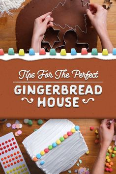 11 Borderline Genius Tips For Making A Gingerbread House - - These basic tricks will take your gingerbread house to the next level. Christmas Goodies, Christmas Desserts, Holiday Treats, Christmas Treats, Holiday Fun, Christmas Time, Christmas Tables, Italian Christmas, Nordic Christmas